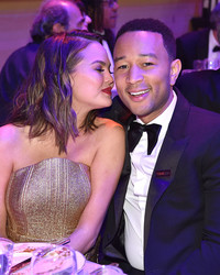 """Chrissy Teigen and John Legend Recreated the Iconic """"Spider-Man"""" Kiss on """"Lip Sync Battle"""""""