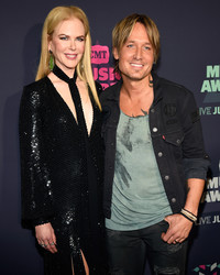 Keith Urban Serenades Nicole Kidman to Show Jimmy Fallon Who Really Has Her Heart