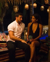 """Taylor Nolan and Derek Peth from """"Bachelor in Paradise"""" Are Engaged!"""