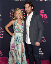 Carrie Underwood Surprised Her Husband by Singing the National Anthem at His Playoff Game