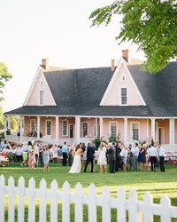 6 Things You Need to Do If You're Throwing a Wedding at Home