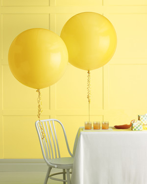 DIY Balloon Wedding Decor