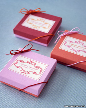 Charming Pink And Red Wedding Decorations And Favors