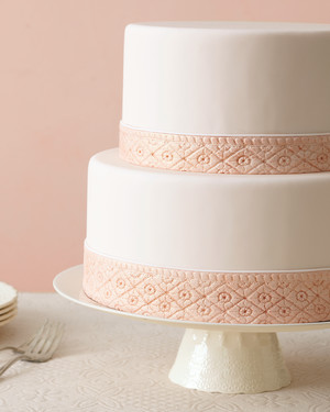 Fashion-Inspired Wedding Cakes