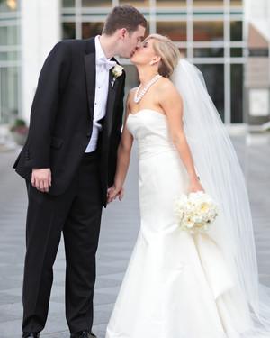A Classic Black-and-White Wedding in North Carolina
