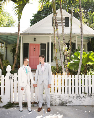 A Vibrant DIY Wedding Outdoors in Florida
