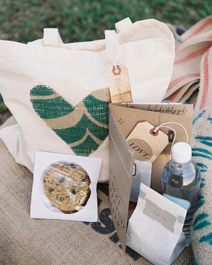 80 Welcome Bags from Real Weddings