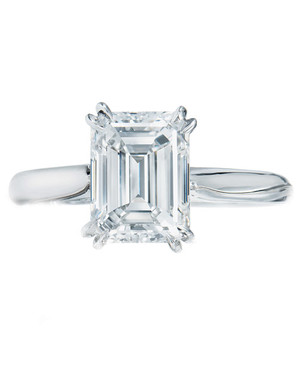Emerald-Cut Diamond Engagement Rings