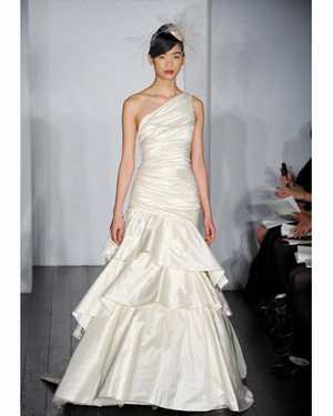 Tiered Gown Trends from the Spring 2010 Collections