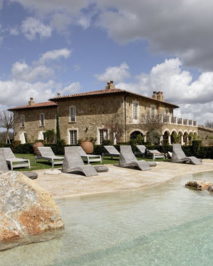 Plan a Dream Wedding at the Borgo Santo Pietro in Tuscany
