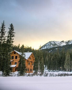 6 Incredible Winter Wedding Destinations