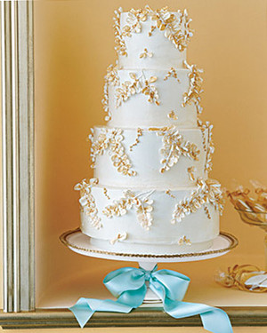 5 Ways to Use Aqua and Gold at Your Wedding