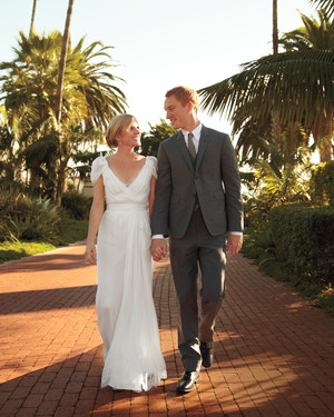 A Traditional and Romantic Gray-Colored Wedding in California