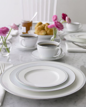 Crate and Barrel Featured Products
