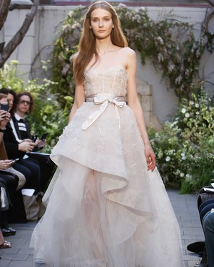 13 Wedding Dresses with Bows