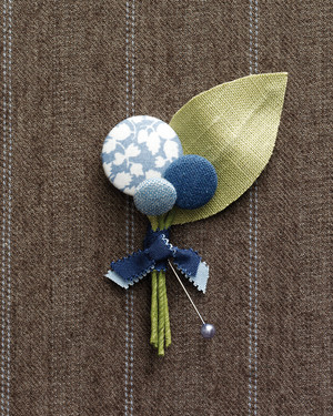 Dapper DIY Boutonniere Ideas for Your Wedding