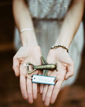 13 Destination Wedding Favors That Gave a Nod to Their ...