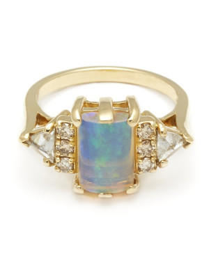 Opal Engagement Rings That Are Oh-So Dreamy