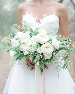 20 Stunning Wedding Bouquets with Ferns