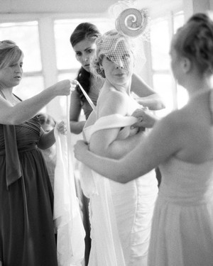 Fast Fixes for 4 Wedding-Day Wardrobe Malfunctions