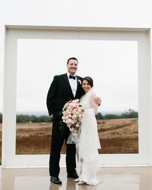 A Rainy, Flower-Filled Wedding in Texas