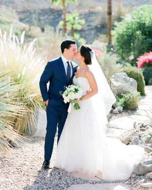A Retro-Modern Yellow-and-Blue California Wedding