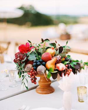 26 Wedding Centerpieces Bursting with Fruits and Vegetables