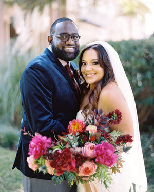 A Heartfelt, Intimate Wedding at a Historic Texan Home