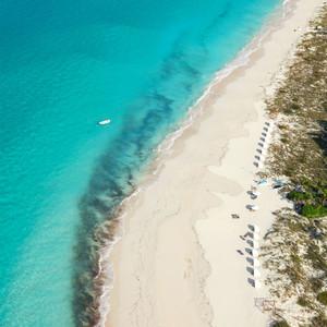 honeymoon turks caicos grace bay beach