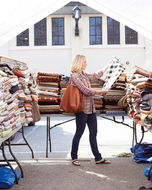 8 Tips for Shopping a Flea Market for DIY Wedding Décor