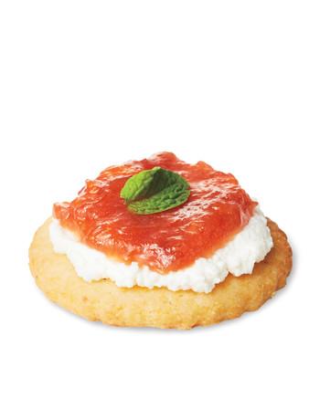 rhubarb-marmalade-crostini-856-mwd110794.jpg