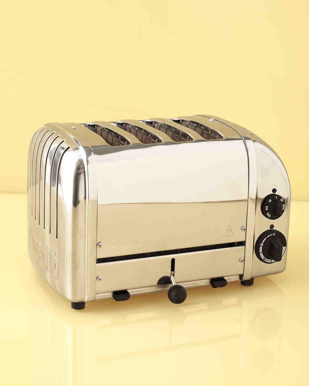 toaster-mwd108267.jpg