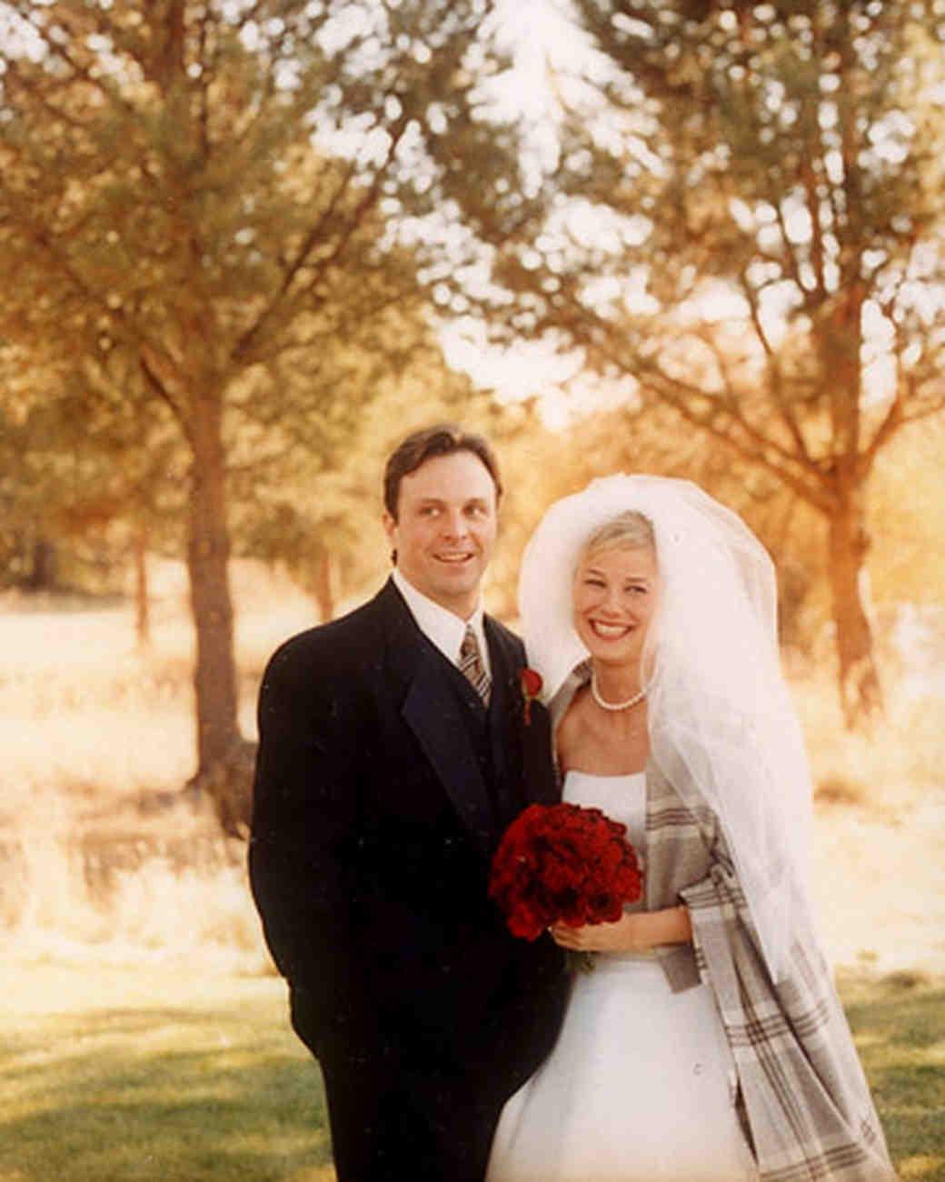 Fall Wedding Ideas: A Traditional Autumn-Themed Wedding In Oregon