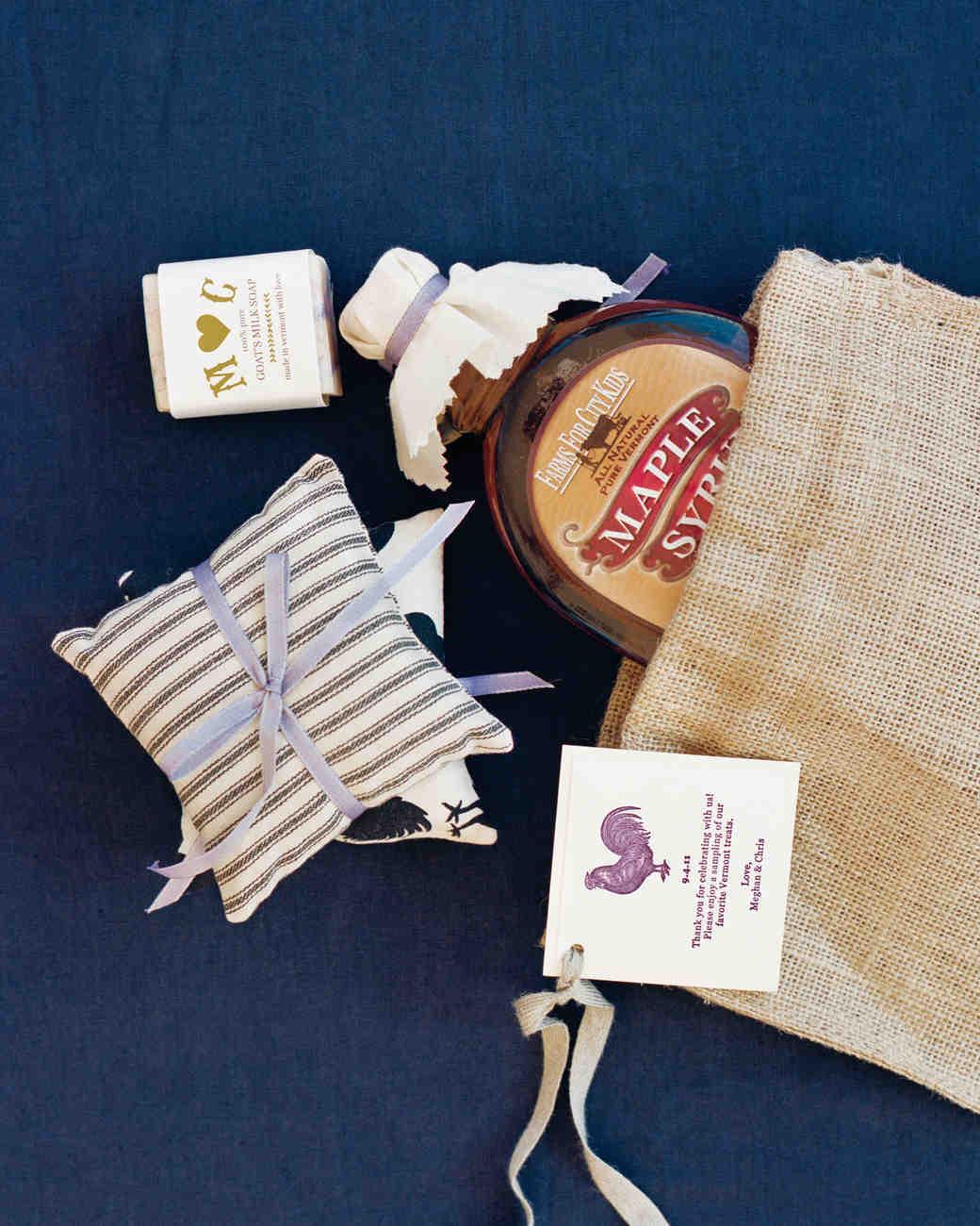 gift-bag-mwd107926.jpg