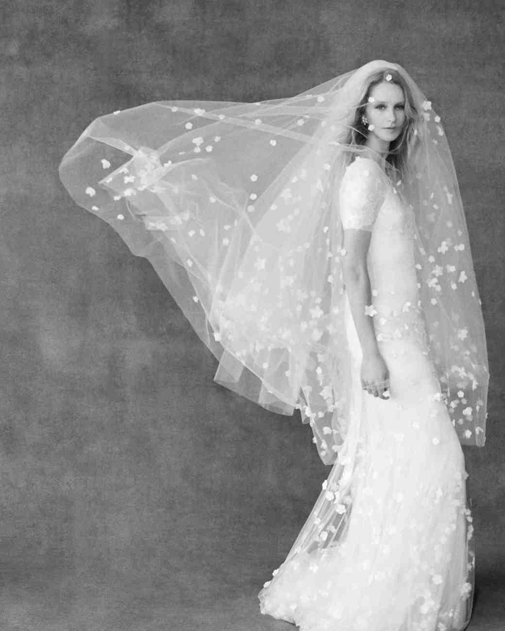 12 Seriously Stunning Wedding Veils