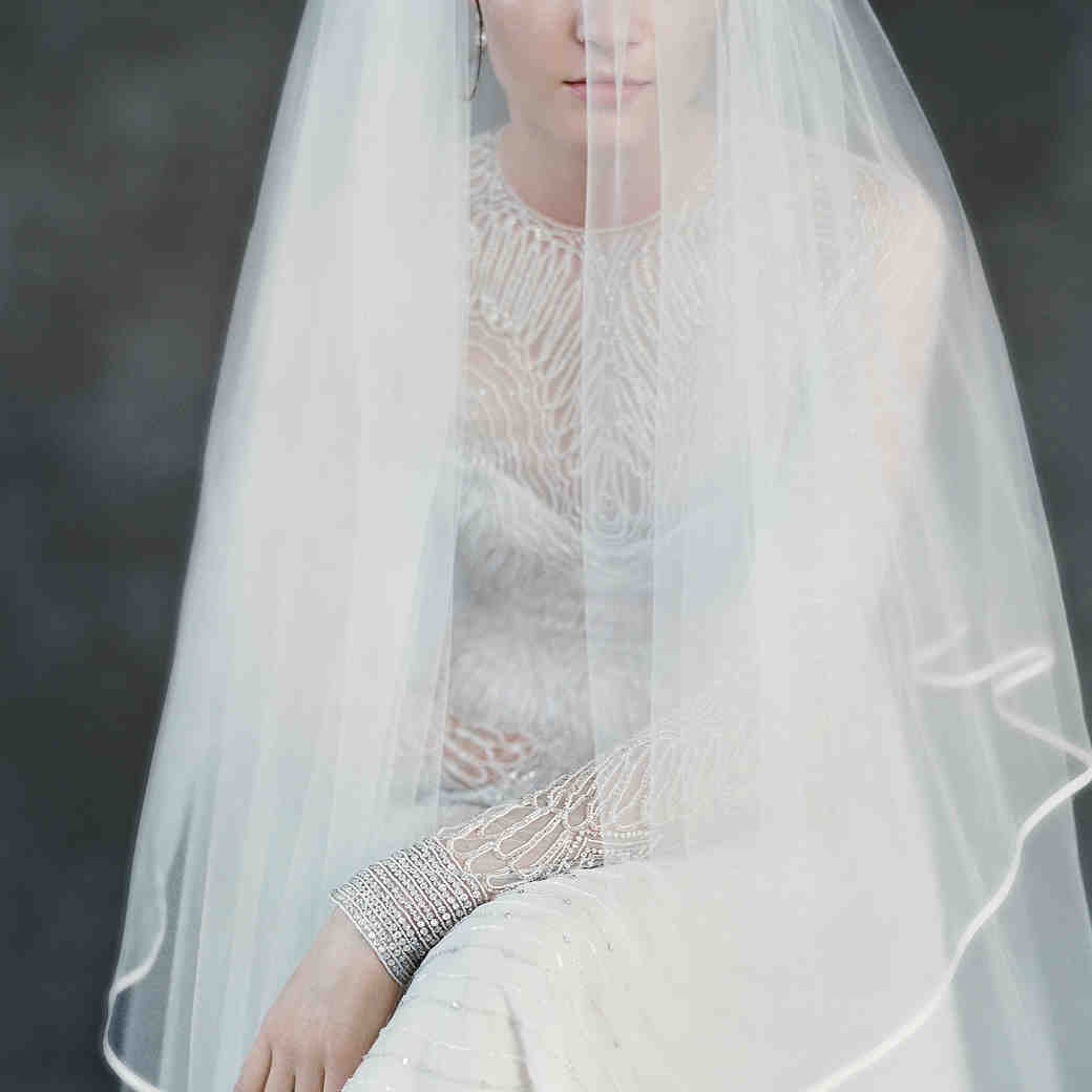 The Best Earrings to Wear with Different Veils
