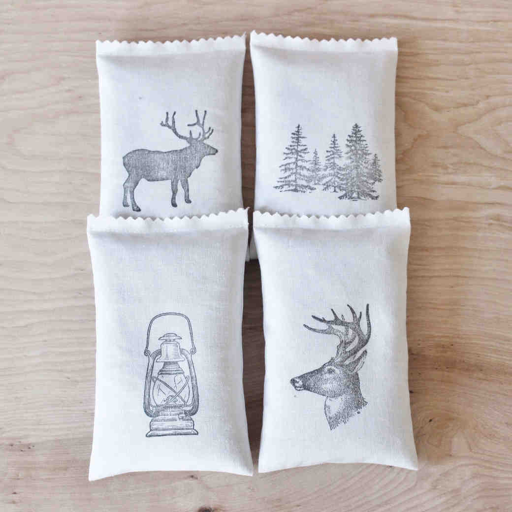 9 Fab Favors for Your Winter Wedding