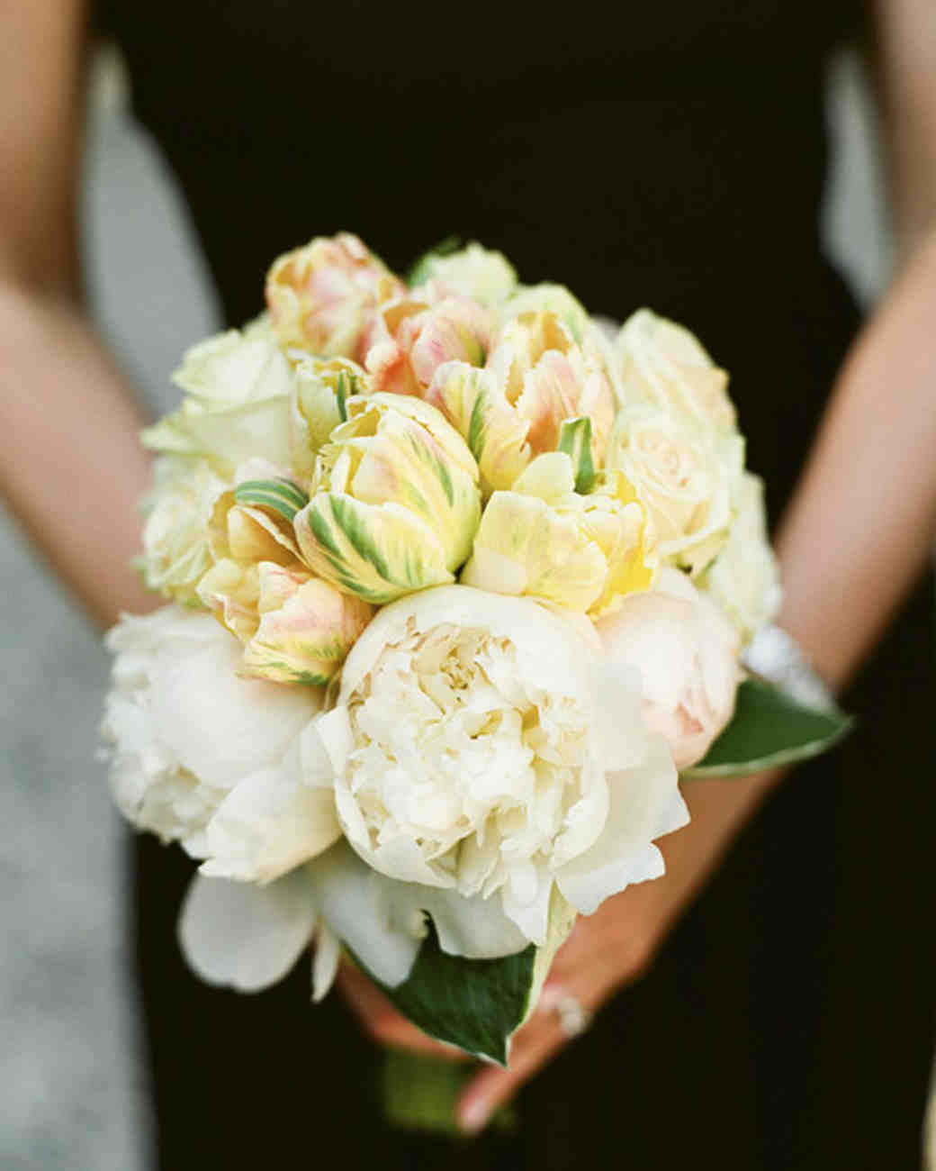 Peach-Tinted Wedding Bouquet