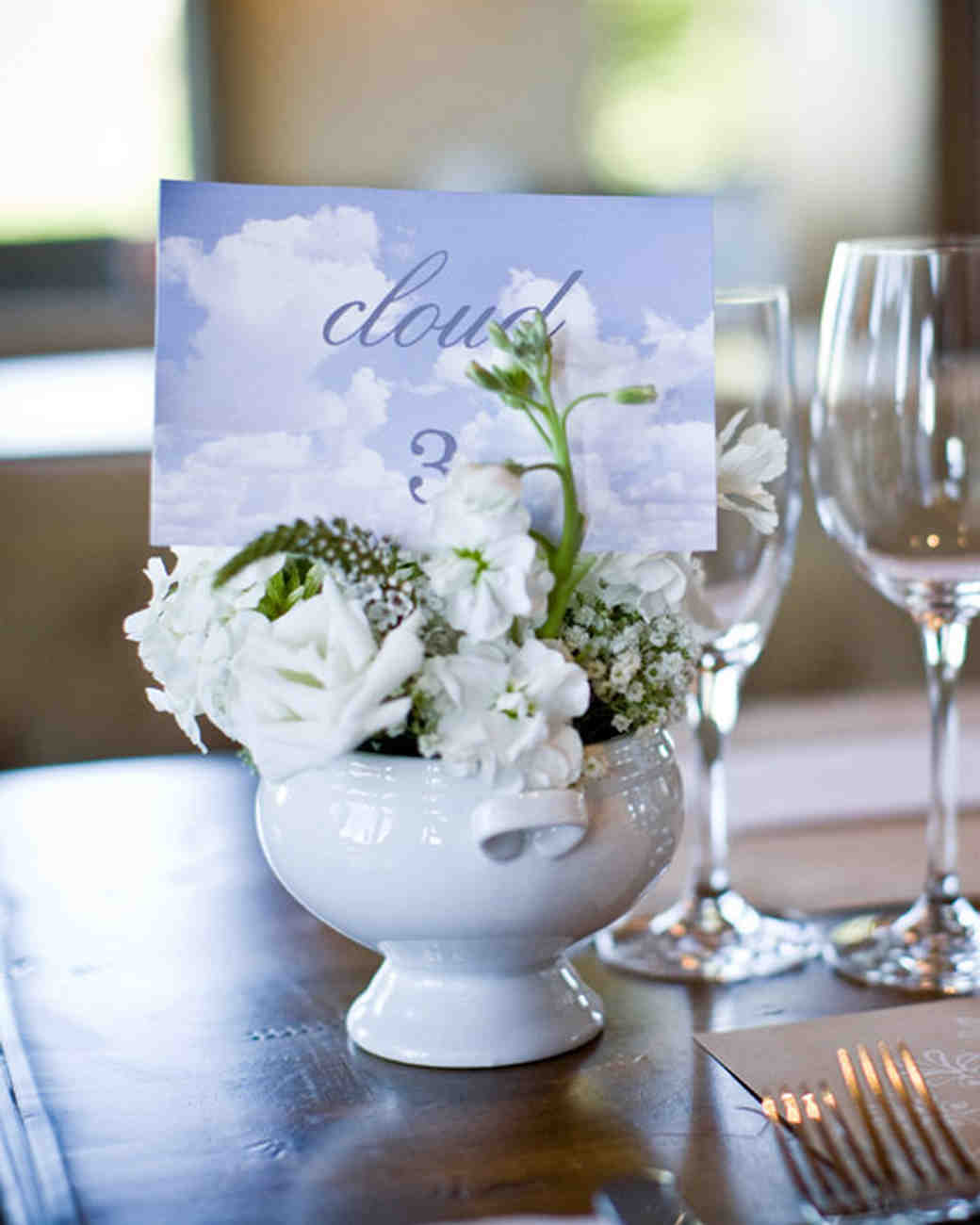 Designer Wedding Flowers: Elegant And Inexpensive Wedding Flower Ideas