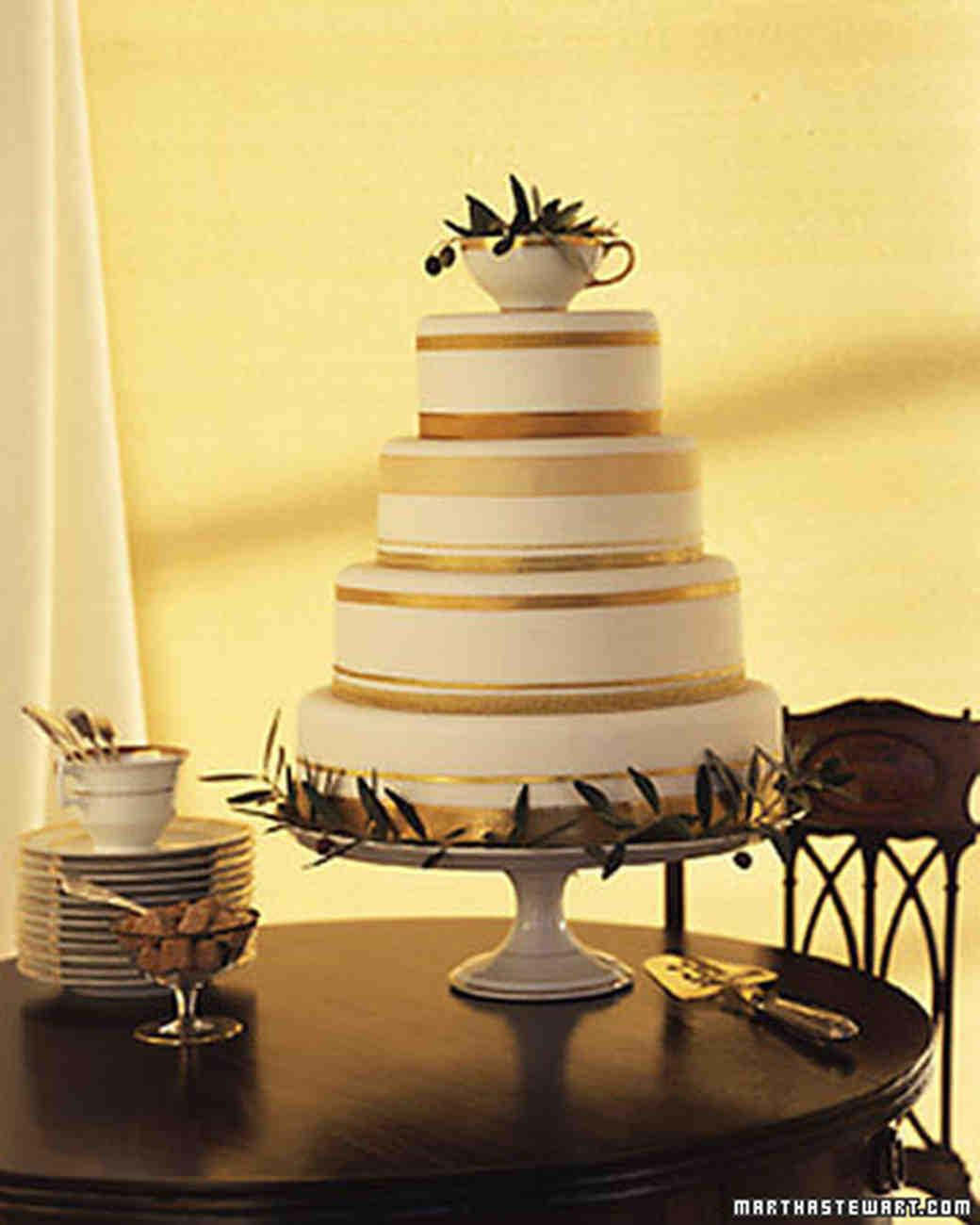 Gold Wedding Cake Decorations: Wedding Cakes Inspired By China Patterns