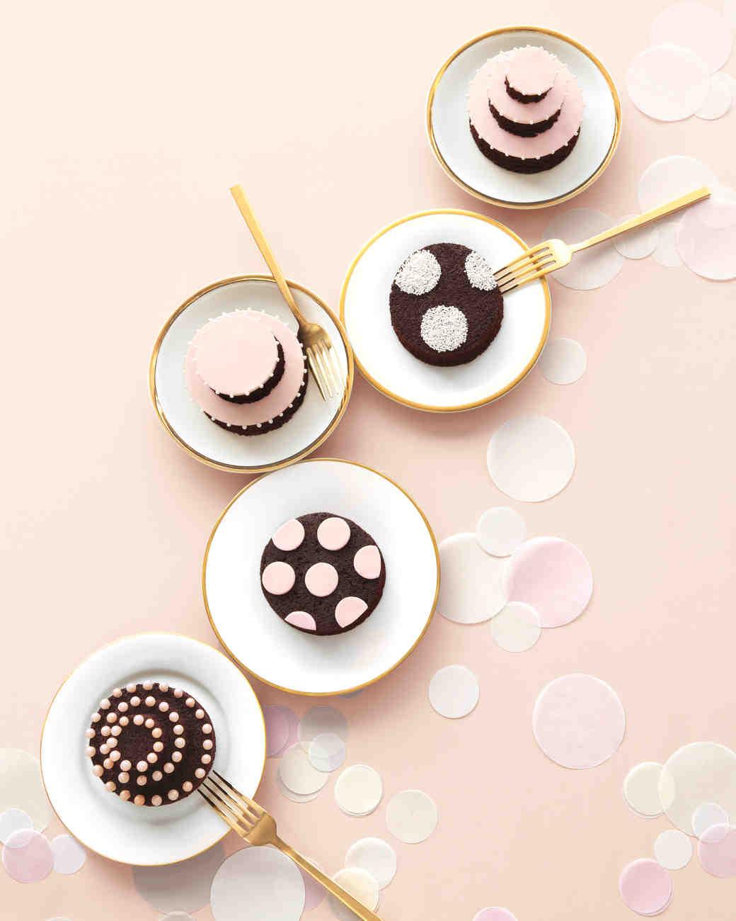 cakes-9166-mwd110012.jpg