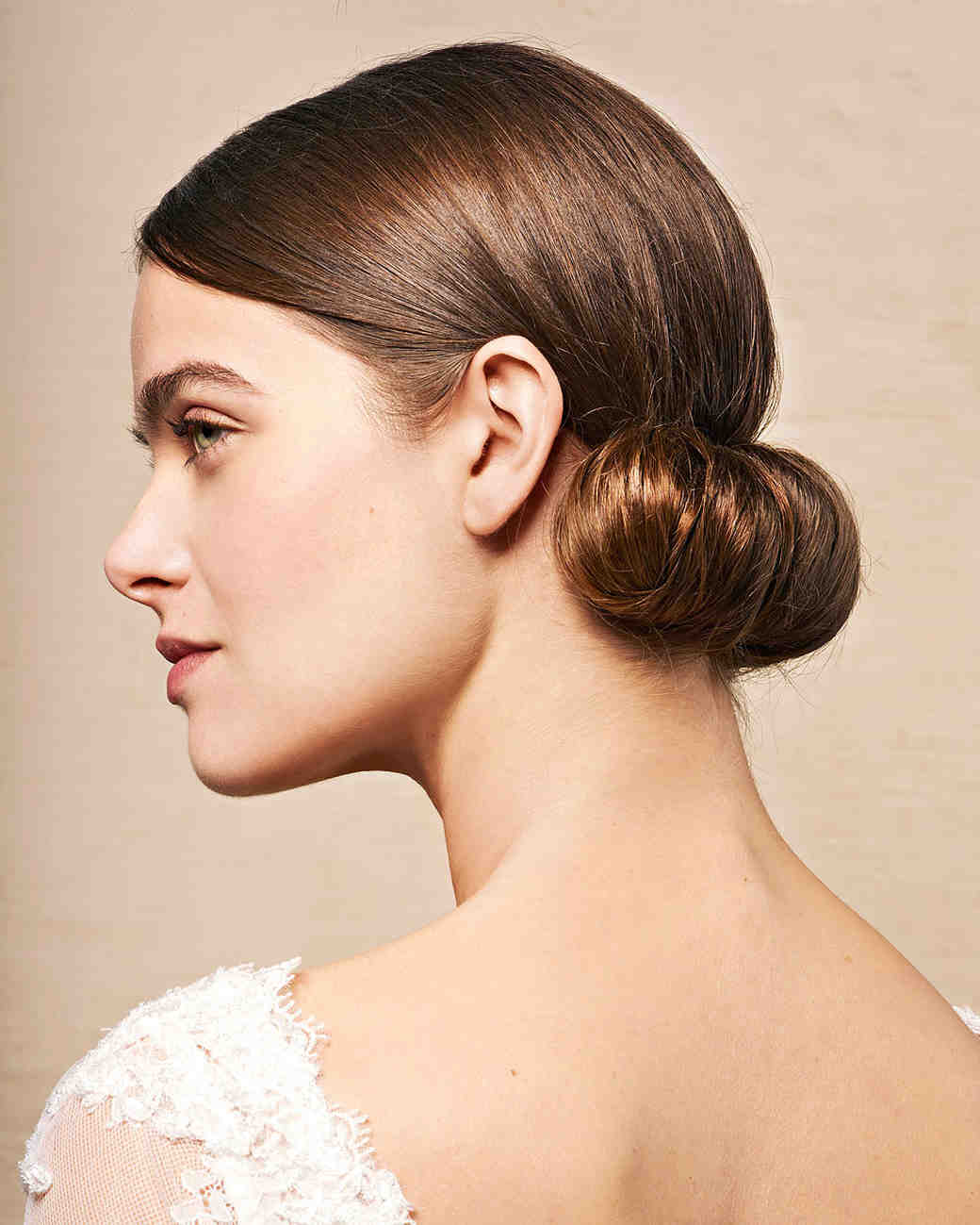 retro roll hairstyle