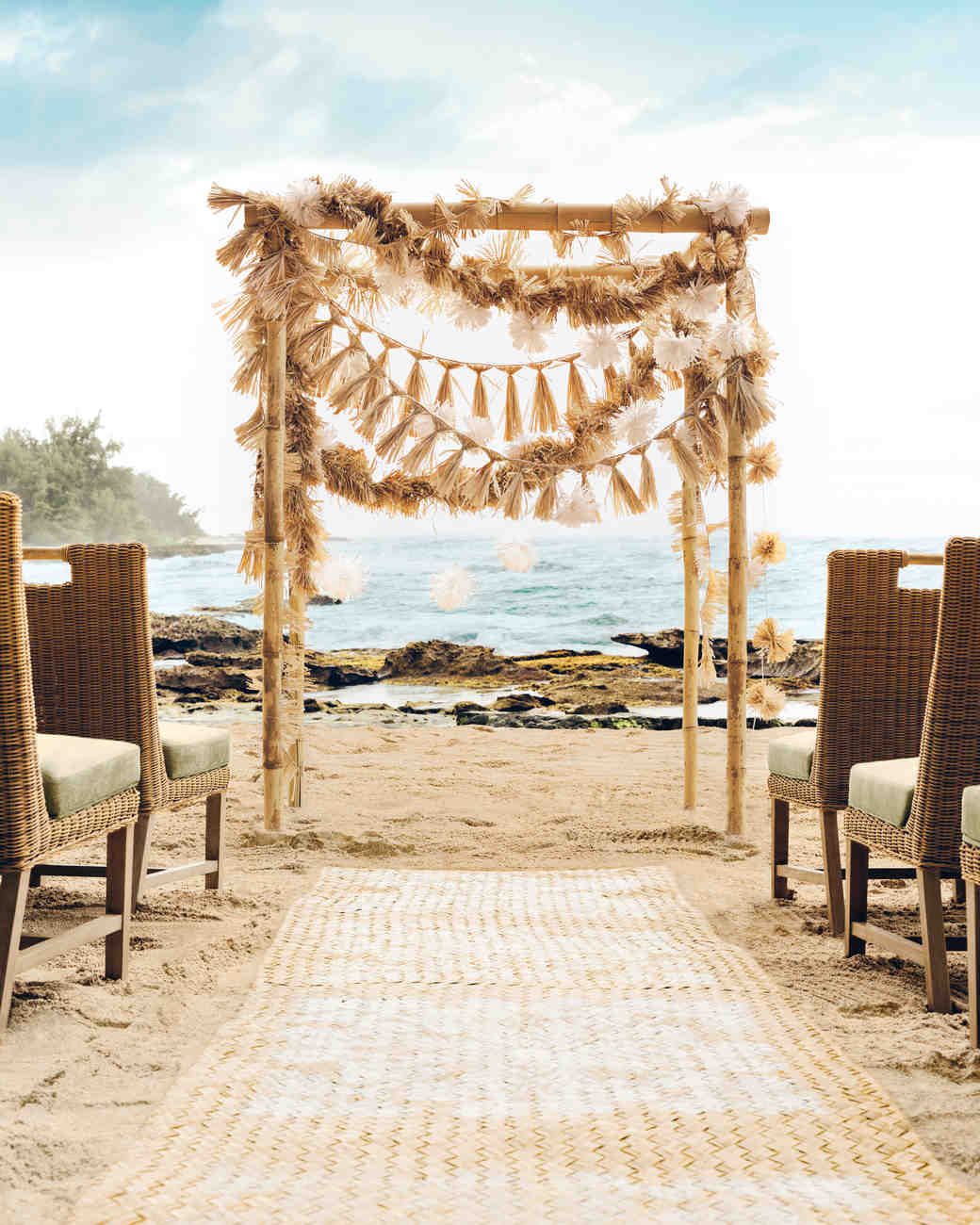Diy Beach Wedding Arch: 23 Beach Wedding Ideas You Can DIY To Make A Splash At