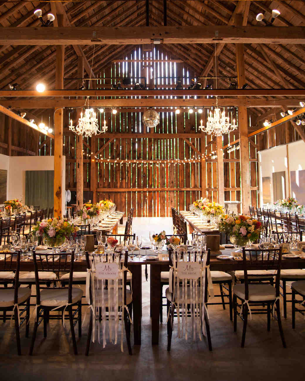 A Romantic Rustic Barn Wedding In Wisconsin