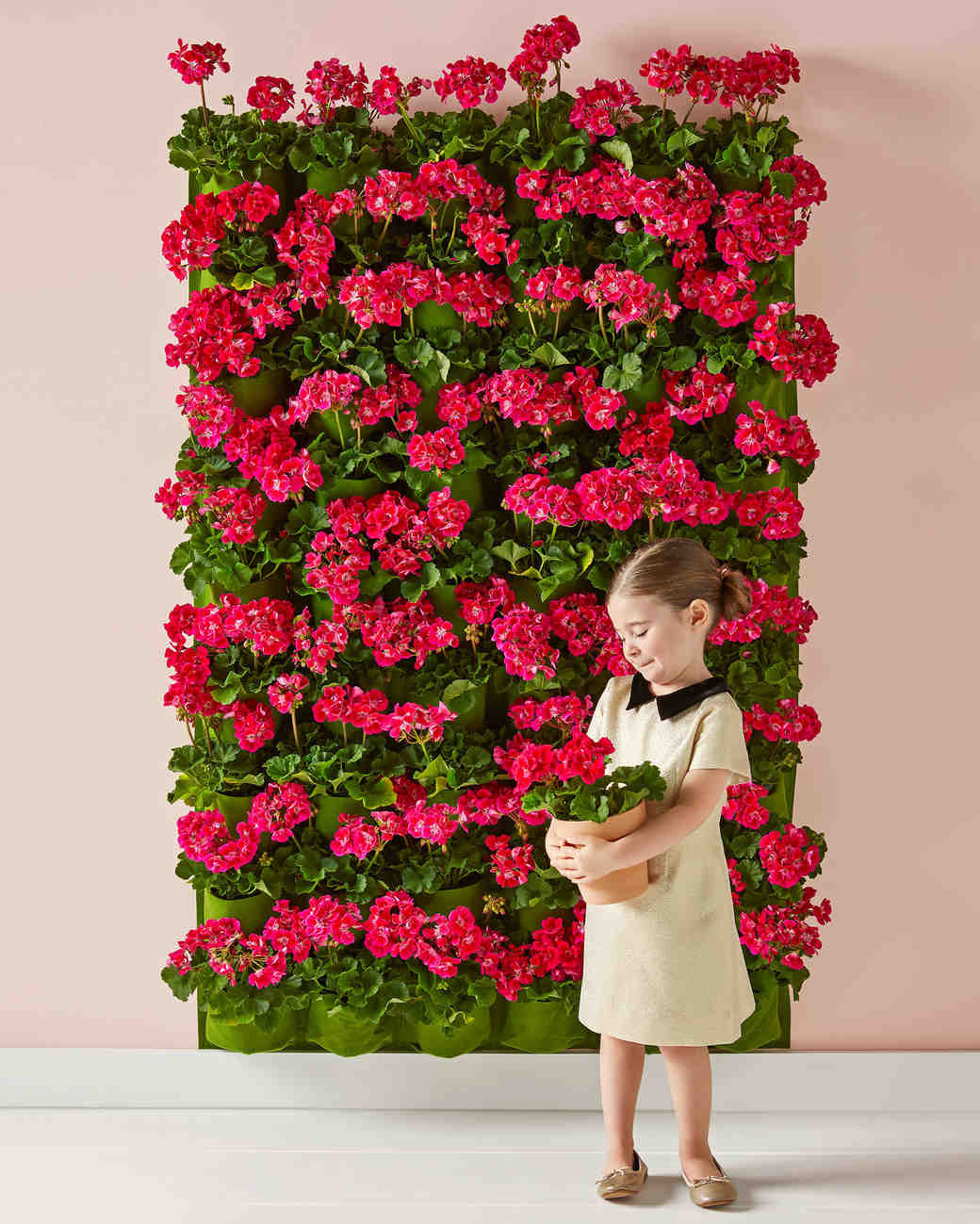16 DIY Photo Booth Backdrops To Upgrade Your Wedding
