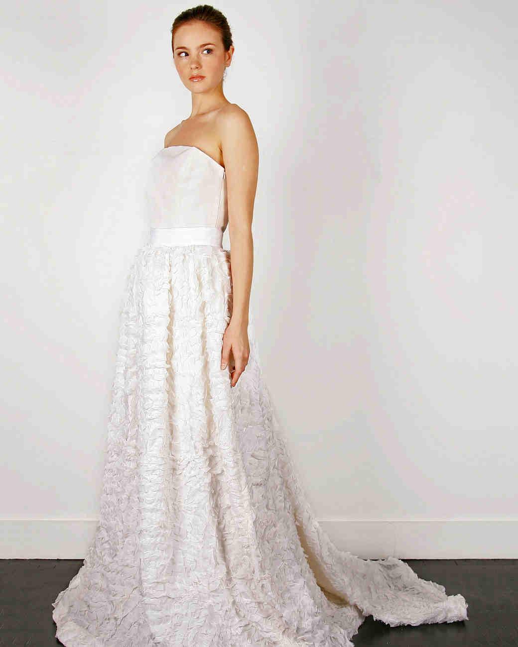 iconic-dresses-thread.jpg
