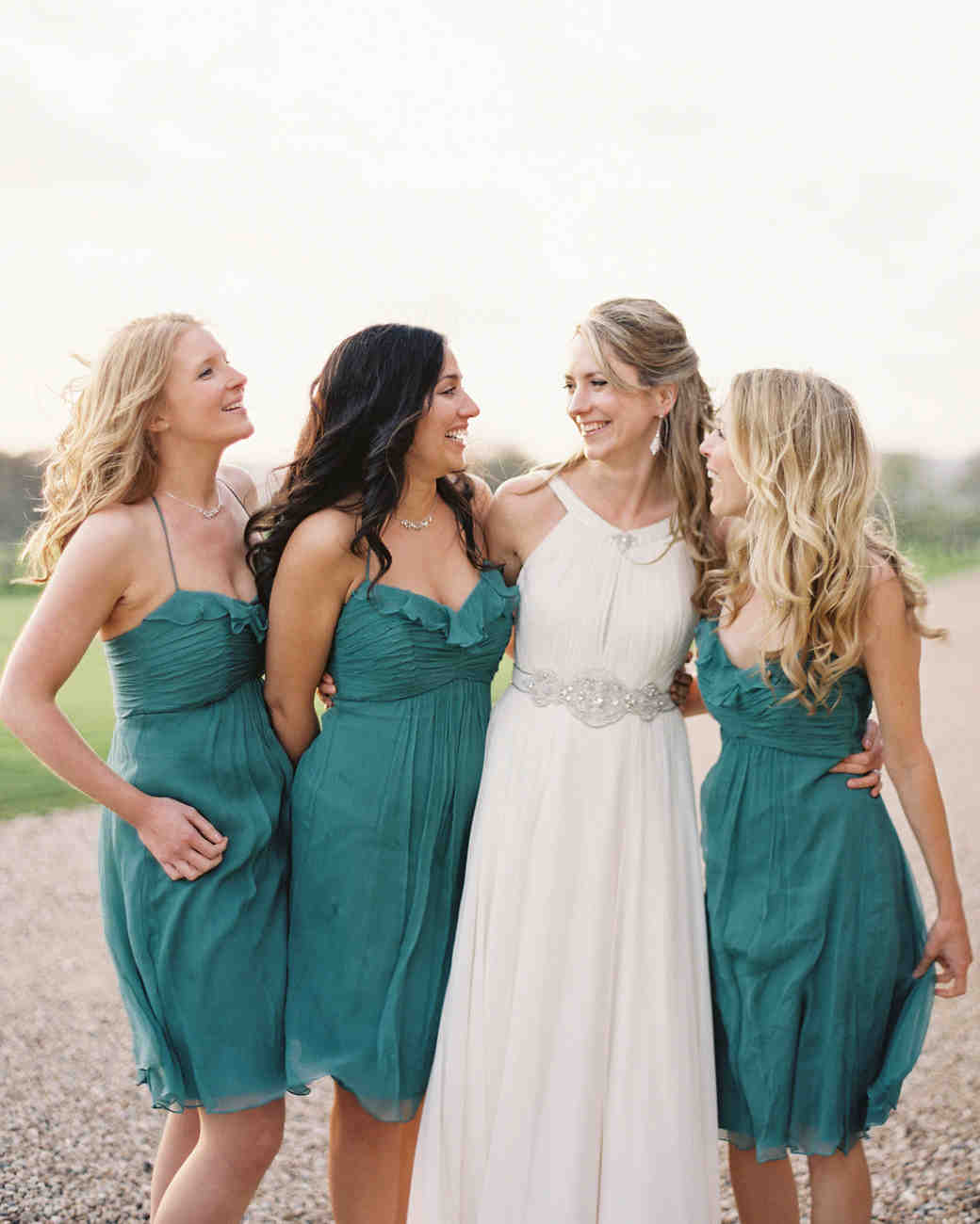 4 Tips for Choosing Your Bridal Party