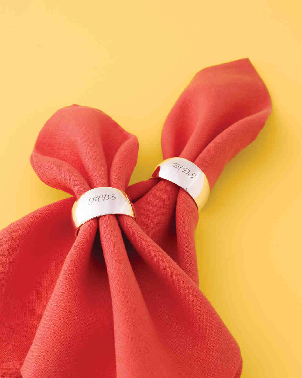 napkinrings-mwd108401.jpg