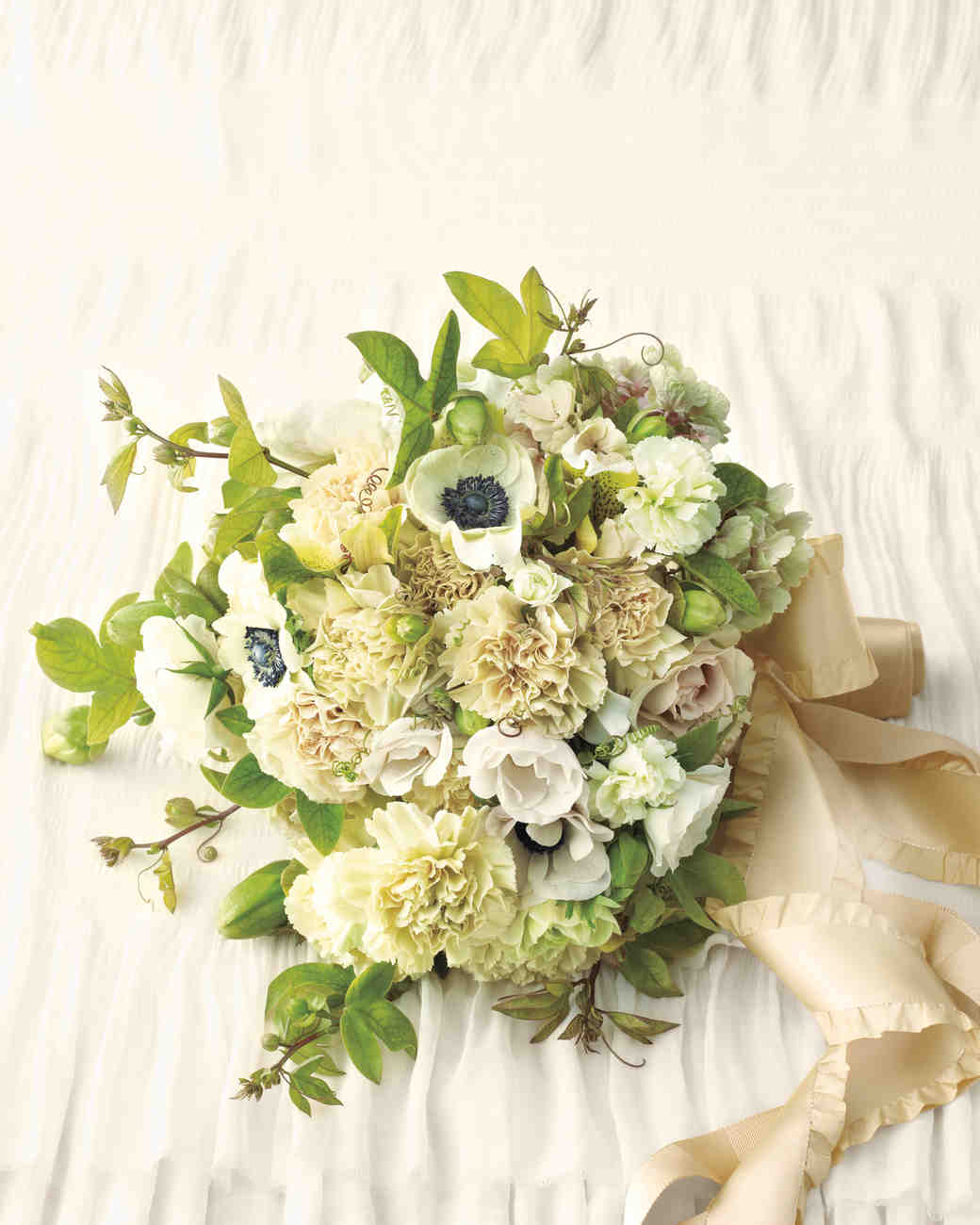 Carnation wedding ideas yes it 39 s more than a filler flower martha stewart weddings - Flowers good luck bridal bouquet ...