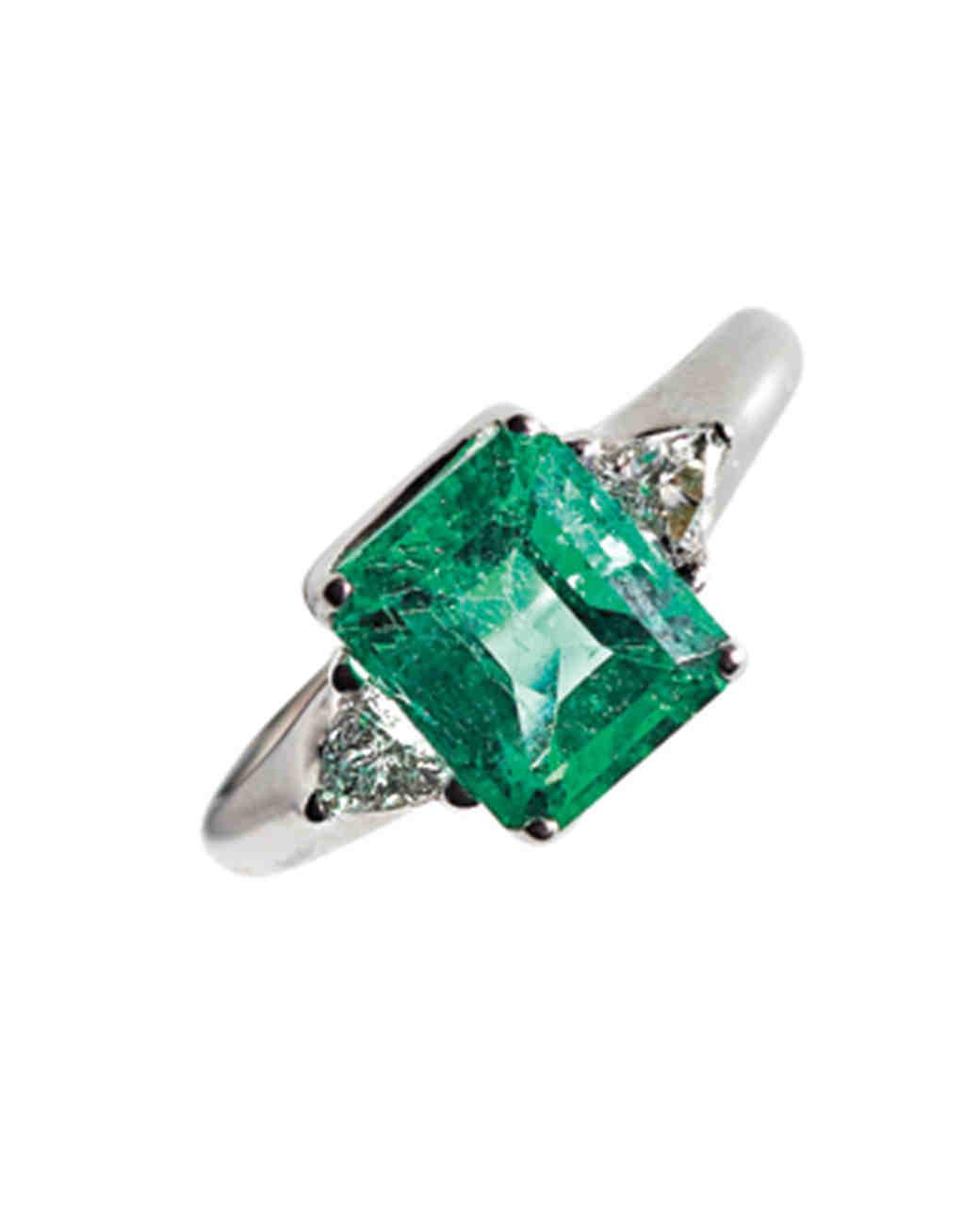 emerald-ring-mwd108181.jpg